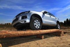 SUV汽车实验驾驶  图库摄影