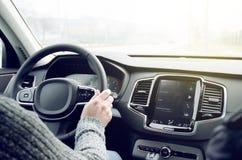 Suv-Auto innerhalb des Cockpits Stockfotos
