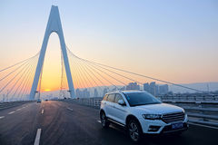Suv and bridge Royalty Free Stock Images