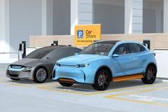 SUV elettrico nel parcheggio di car sharing Immagini Stock