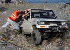 SUV en problema Foto de archivo libre de regalías