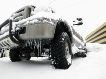 SUV in snow. Royalty Free Stock Photography