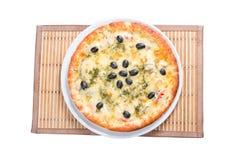 suverän isolerad pizza Arkivbild