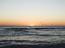 Suverän solnedgång fotografering för bildbyråer