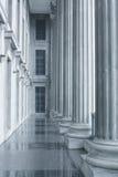 suveräna pelare för domstollagbeställning Arkivbilder