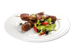 Suvlaki Ein traditioneller griechischer Teller stockbild