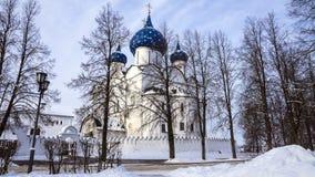 Suzdal het Kremlin, Rusland (de Winterlandschap) stock afbeeldingen