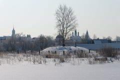 Suzdal Pokrovsky kloster i vinter Fotografering för Bildbyråer