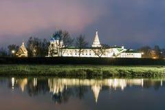 suzdal rosji Narodzenie Jezusa katedra Suzdal Kremlin przy nocą w lecie Fotografia Royalty Free