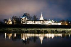 suzdal rosji Narodzenie Jezusa katedra Suzdal Kremlin przy nocą w lecie Obraz Stock