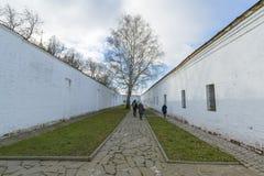 Suzdal, Rusia -06 11 2015 La prisión en el territorio del monasterio del St Euthymius en Suzdal Anillo de oro del viaje de Rusia Fotografía de archivo libre de regalías