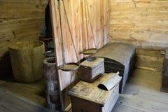 Suzdal', Russia - 6 novembre 2015 interno delle case agricole nell'architettura di legno del museo Fotografie Stock
