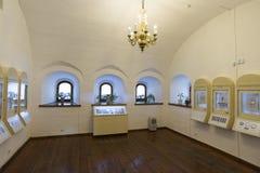 Suzdal Ryssland -06 11 2015 Utställning av ryska symboler i kloster för St Euthymius i Suzdal Guld- cirkel av det Ryssland loppet Royaltyfri Fotografi