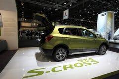 Suzuki SX4 S-kors på den auto mobila internationalen Royaltyfria Foton