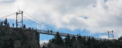 Svängande bro - farfarberg NC Royaltyfria Foton