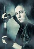 svärdkvinna Arkivfoto