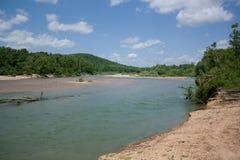 Svärta floden royaltyfria foton