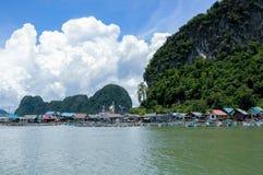 Sväva den muslimska byn Koh Panyee Island Fotografering för Bildbyråer
