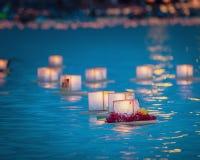 Sväva lyktor i vatten Honolulu Fotografering för Bildbyråer
