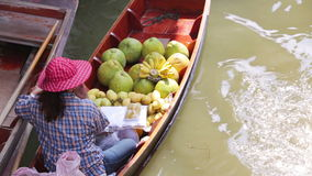 Sväva marknaden, bangkok, Thailand arkivfilmer