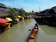 Sväva marknaden i Pattaya, Thailand Arkivfoto