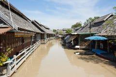 Sväva marknaden, Pattaya, Thailand Royaltyfri Bild