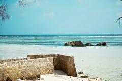 svago e viaggio Vista sul mare tropicale immagini stock