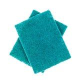 Svamp för tvättande maträtt på vit Arkivfoton