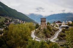 Svan watchtowers i Georgia Arkivfoton