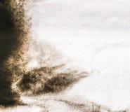 Svart abstrakt spridning för fläckar för bakgrundsfärgpulver Royaltyfri Bild