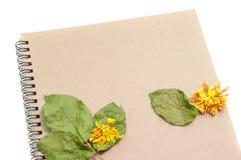 Svart anteckningsbok Realistisk mallanteckningsbok Design för tom räkning Arkivbilder