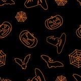 Svart bakgrund för allhelgonaafton med den orange häxahatten, slagträn, rengöringsduk och den festliga sömlösa modellen för pumpa stock illustrationer