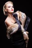 svart blond klänningkvinna Royaltyfri Fotografi
