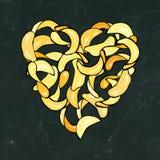 Svart brädebakgrund och krita Hjärta av potatisen Chips Slises Förälskelse läckra Fried Potatoes Fast Food Gataskräpmatvän Po vektor illustrationer