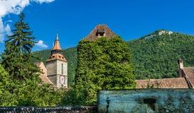 svart brasovkyrkaromania torn Fotografering för Bildbyråer