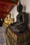 Svart Buddhastaty i Thailand Fotografering för Bildbyråer