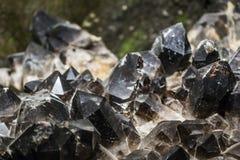 Svart crystalic mineral Royaltyfria Bilder