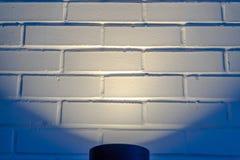 Svart cylindriskt ljus som exponerar en vägg i Eagle Mountain Utah royaltyfri fotografi
