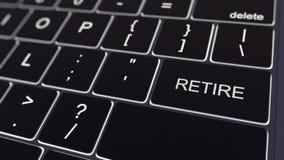 Svart datortangentbord och glödande reträttsignaltangent begreppsmässigt framförande 3d Arkivbild