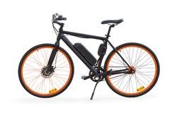 Svart elektrisk cykel som isoleras med den snabba banan fotografering för bildbyråer