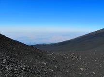 Svart Etna vulkan Arkivfoto