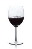 Svart flytande i vinexponeringsglas Royaltyfri Bild