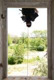 svart hängande soldat för maskeringspistolrep Royaltyfri Bild