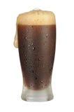 svart kallt exponeringsglas för öl Arkivbilder
