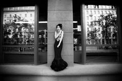 svart klänning Arkivbild