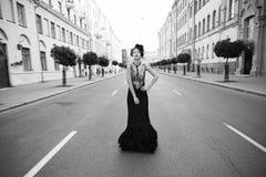 svart klänning Fotografering för Bildbyråer