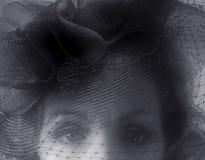 svart kvinna för white för filmlooknoir Royaltyfri Bild