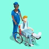 Svart kvinnlig sjuksköterska för vektor och tålmodigt isometriskt folk royaltyfri illustrationer