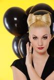 svart lady för ballonger Royaltyfri Foto