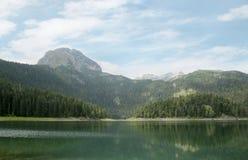 Svart lake En härlig is- sjö i den Durmitor nationalparken, Montenegro Fotografering för Bildbyråer